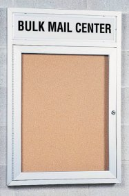 1 Door Outdoor Enclosed Illuminated Corkboard + Header